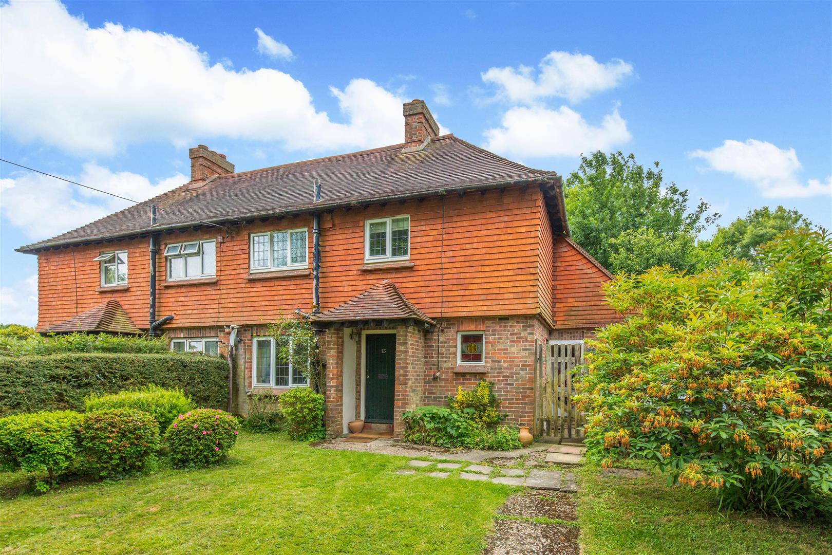 13 Maple Leaf Cottage1.jpg